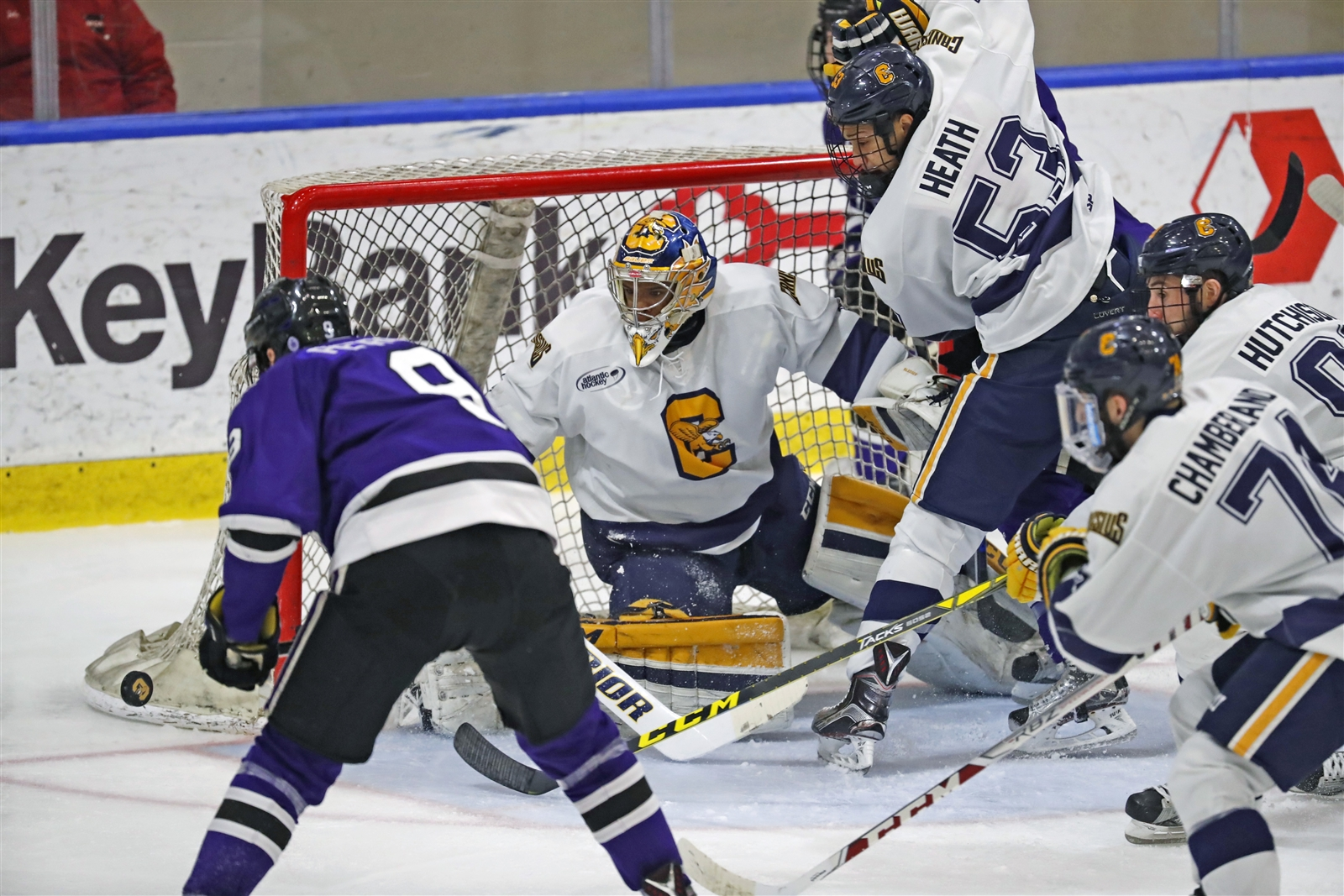 Charles Williams made 19 saves in the Griffs' 4-2 win over Niagara on Wednesday. (Harry Scull Jr./Buffalo News)