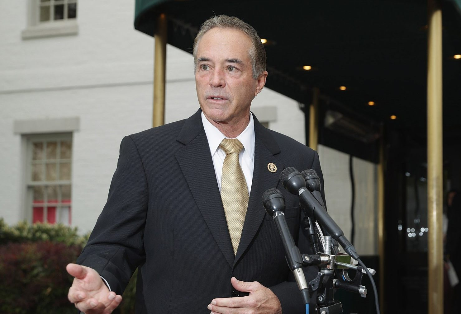 Rep. Chris Collins, a Clarence Republican, paid back the $500,000 loan he gave to his campaign, then went on a fundraising spree.