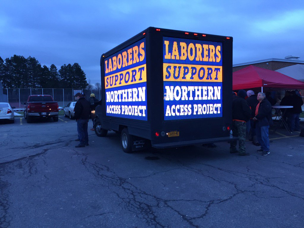 Labor groups showed their support for the Northern Access Pipeline project. (Barbara O'Brien/Buffalo News)