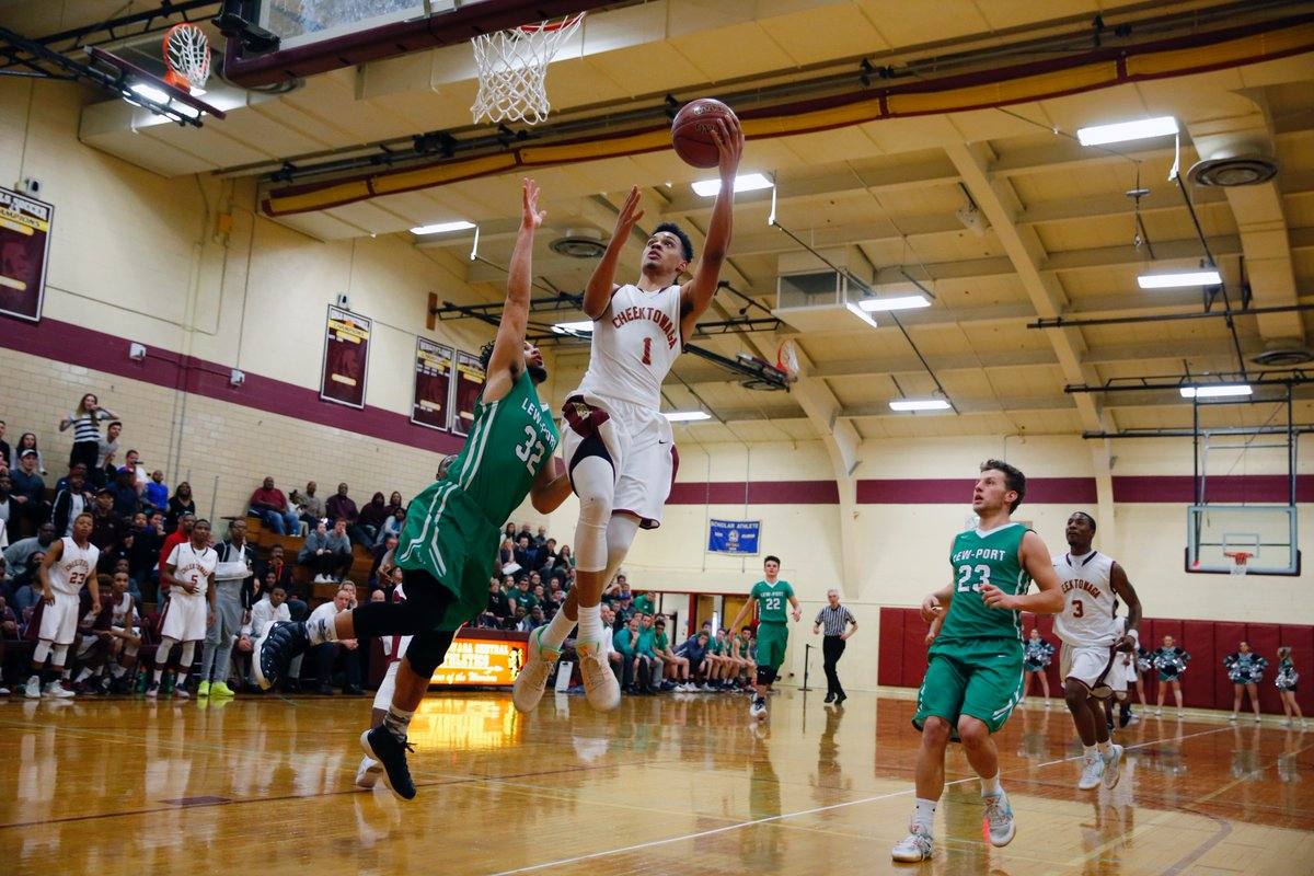 Dominick Welch scored 25 points during Cheektowaga's Section VI Class A-2 quarterfinal win on Friday. He is now 25 points away from breaking the WNY all-time points record in boys basketball. (Harry Scull Jr./Buffalo News)
