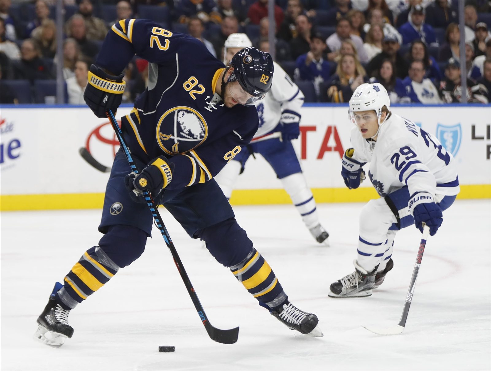 Marcus Foligno and the Sabres know it'll be loud when William Nylander and the Maple Leafs visit. (Harry Scull Jr./Buffalo News)