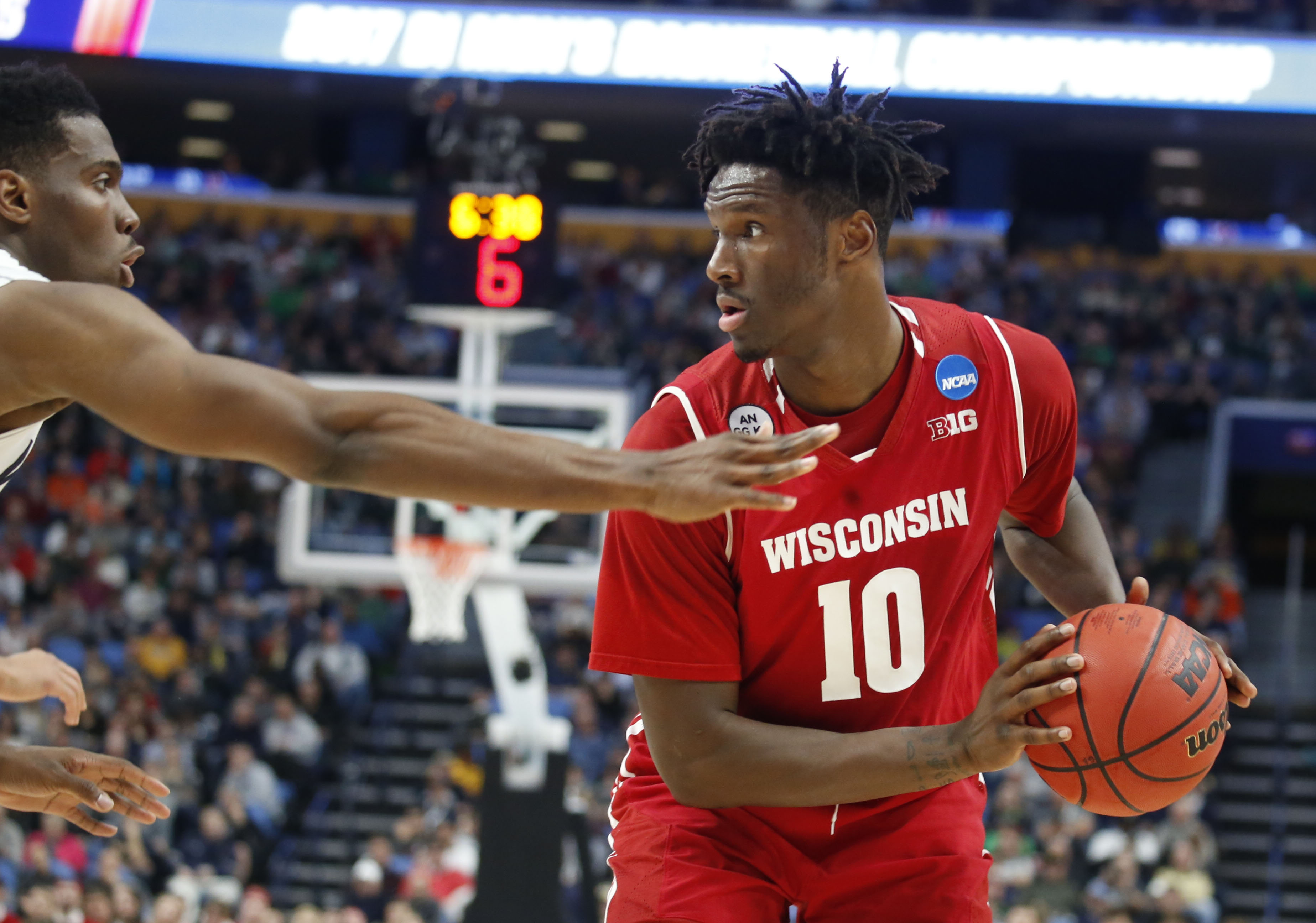Wisconsin's Nigel Hayes looks to pass during the Badgers' second round victory over Villanova. (Robert Kirkham/Buffalo News)