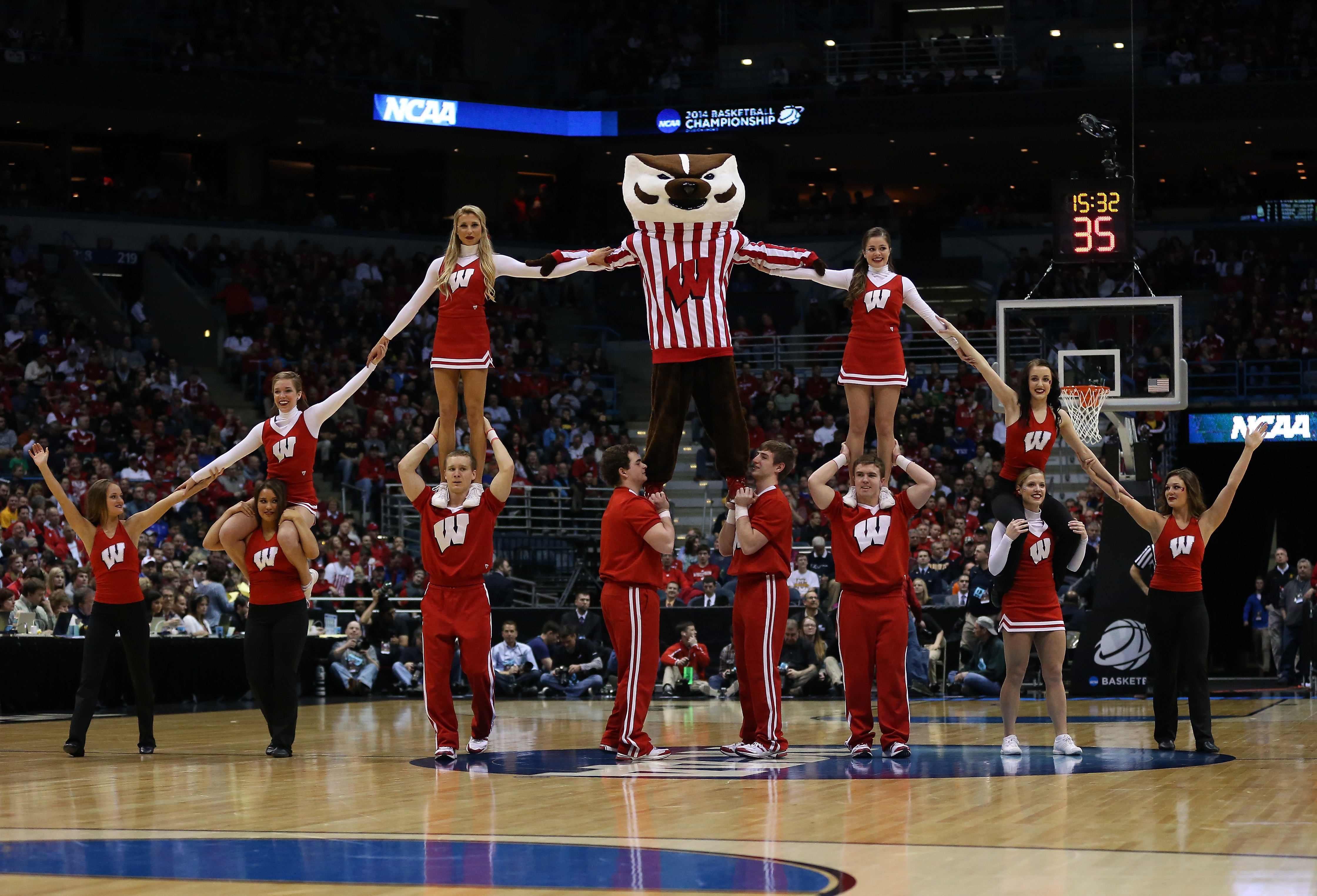Bucky Badger and Wisconsin's spirit squad will be holding pep rallies this week. (Getty Images)