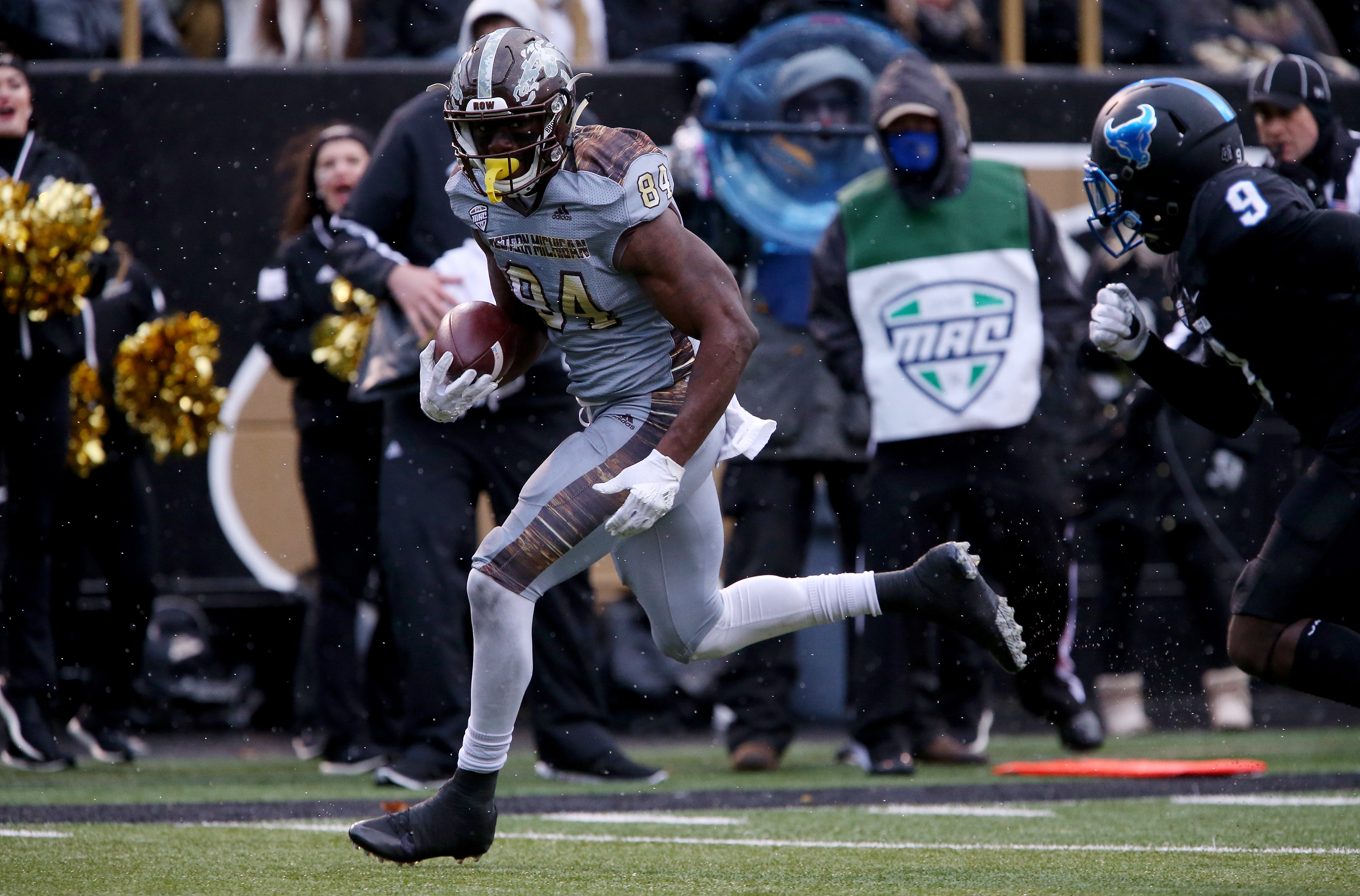 Western Michigan wide receiver Corey Davis, seen here playing against the University at Buffalo in 2016, dominated the Mid-American Conference. (Getty Images)