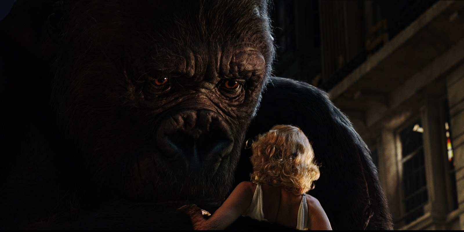 Kong discovers Ann Darrow (Naomi Watts), following his escape from captivity and rampage through the streets of New York City.  'King Kong' will be released in theaters on December 14, 2005.