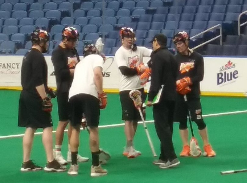 New Bandit Pat Saunders (in white) receives some tips from assistant coach John Tavares during Friday's shootaround at the KeyBand Center.