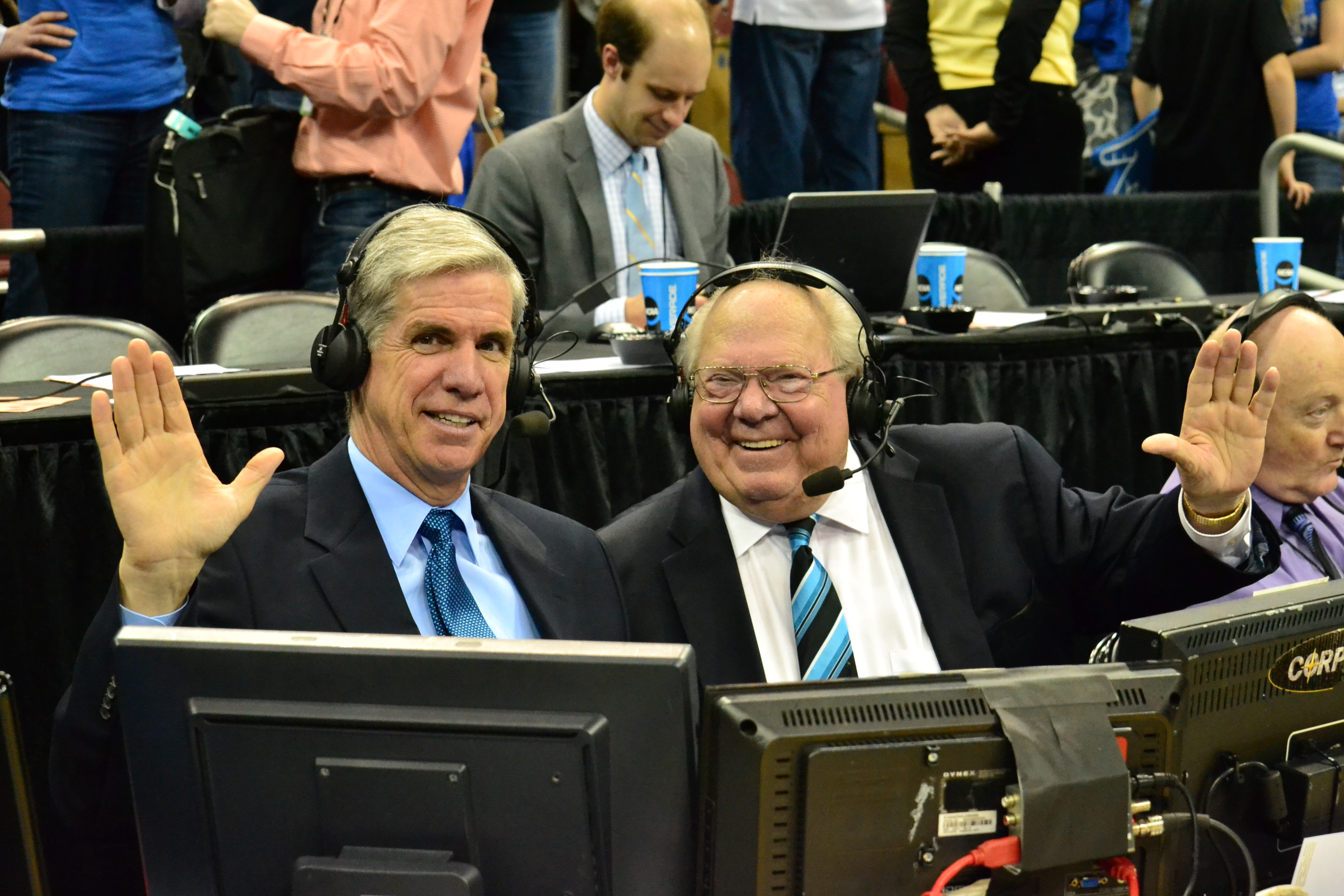 Jim Spanarkel, left, is teamed with Verne Lundquist for the Buffalo NCAA games airing on CBS Sports and Turner Sports stations this week. (Photo courtesy of Jamie H. Vaught/KySportsStyle.com Magazine)