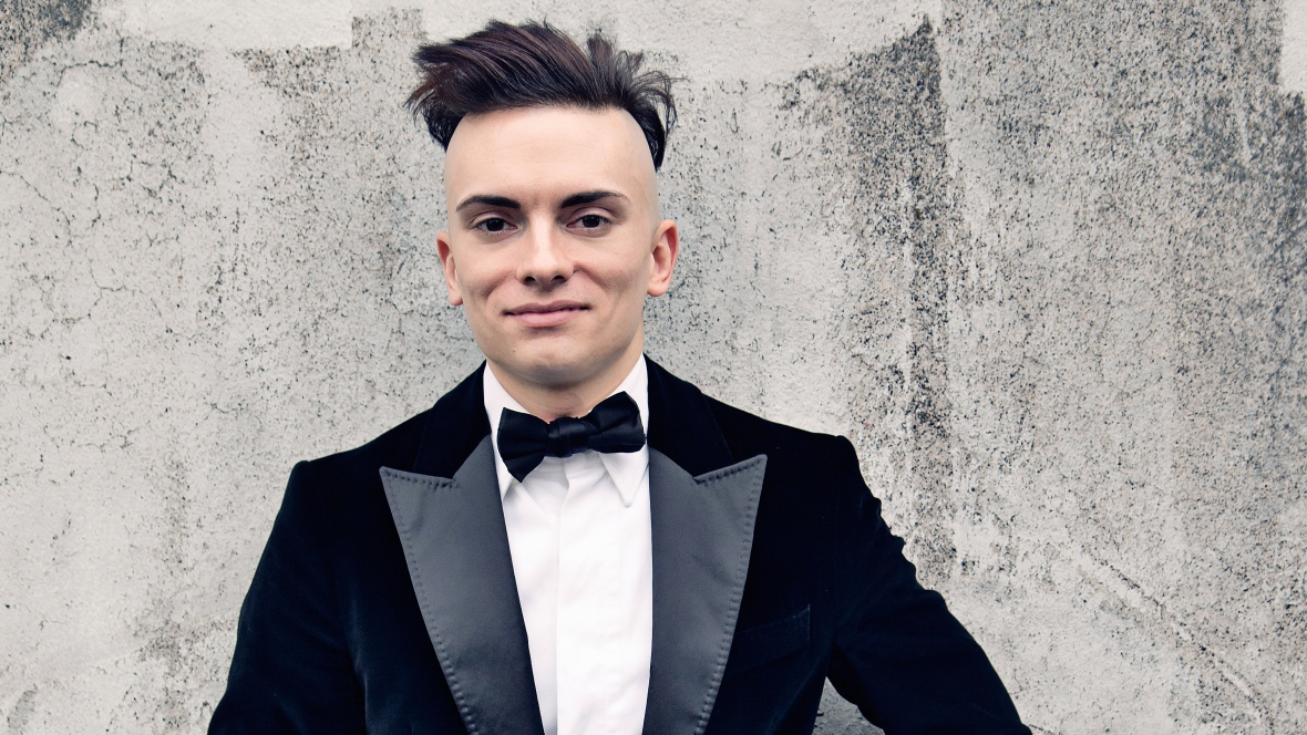 Cameron Carpenter is bringing his own pizzazz to the pipe organ -- and to the BPO.