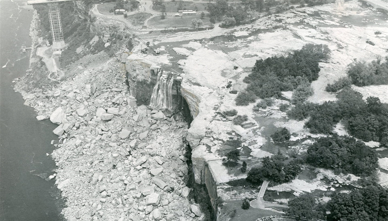 A photo taken during the 1969 dewatering of the American falls gives us an  idea of