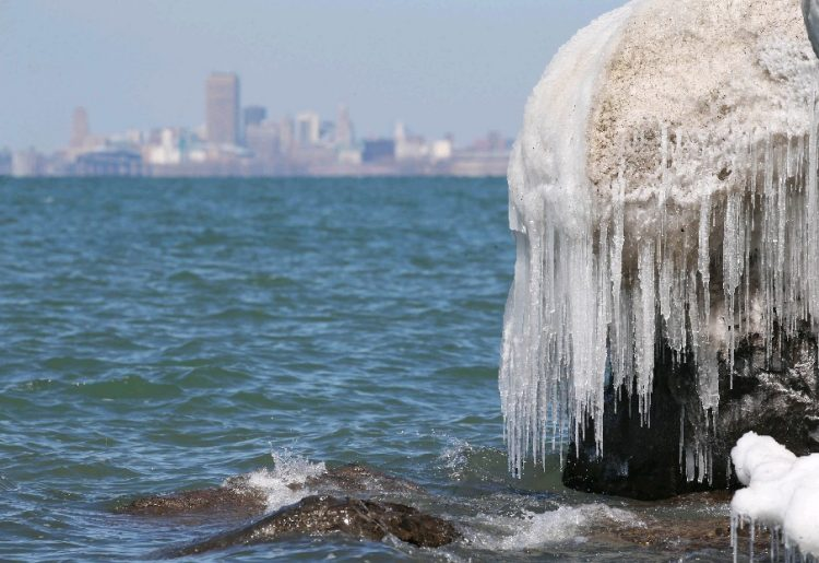 It's been a tale of two Marches this month in Buffalo weather-wise. (Sharon Cantillon/Buffalo News)