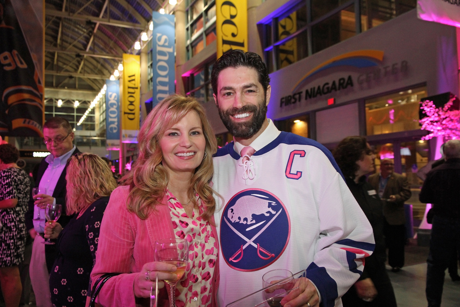 Former Sabres captain Michael Peca was among the more than two dozen alumni at last year's wine festival. (Erica Malinowski/Special to The News)
