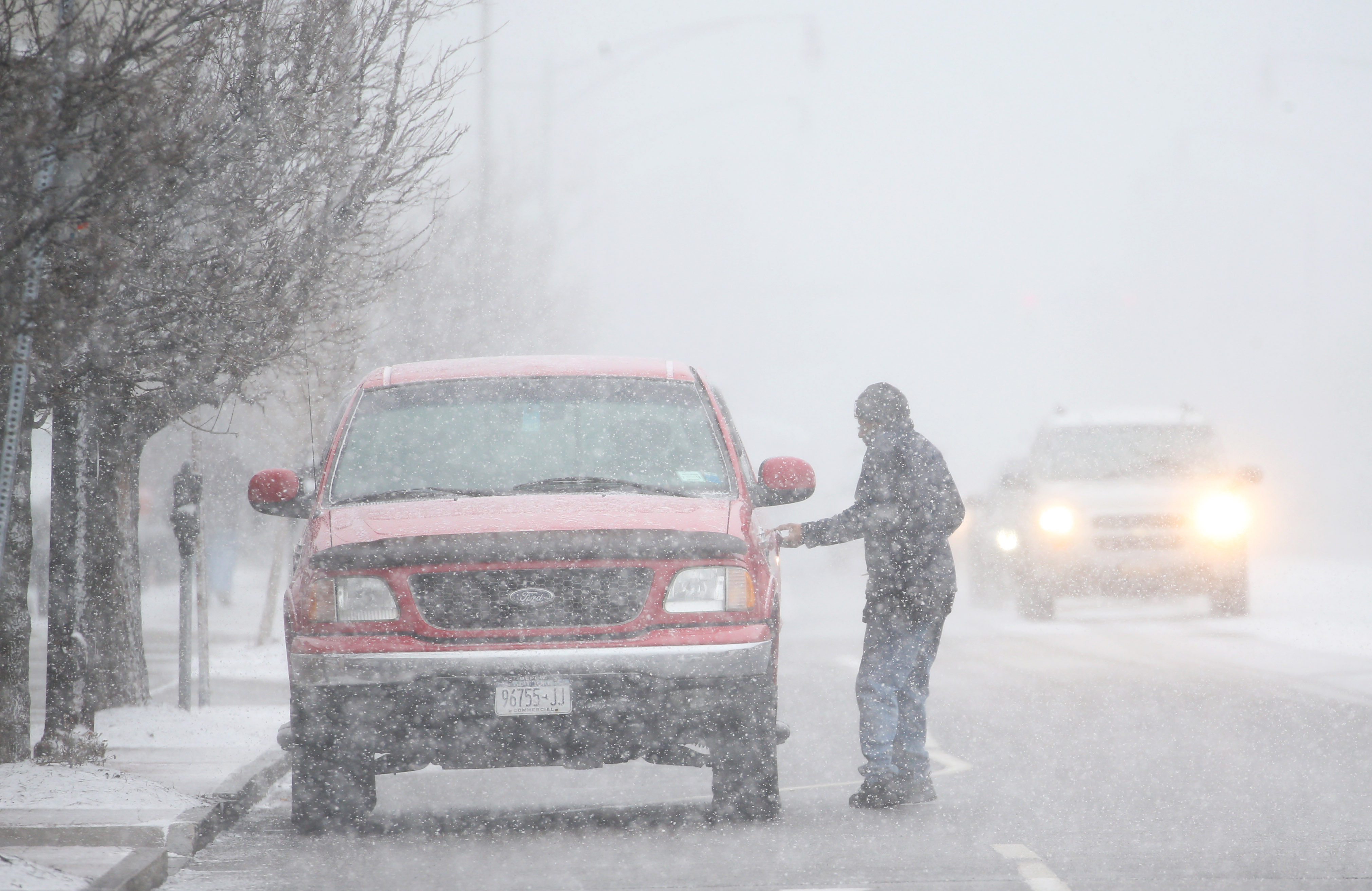Snow accumulations of 7 to 14 inches are possible for Buffalo as well as Niagara, Orleans, Genesee, Wyoming, Chautauqua, Cattaraugus and Allegany counties, according the National Weather Service. (Sharon Cantillon/Buffalo News)
