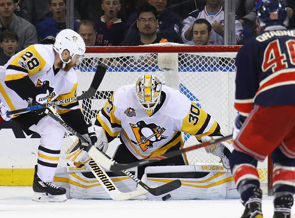 Penguins goalie Matt Murray stopped a 3-on-0 break in overtime and went 2 for 2 in the shootout against the Rangers Friday night (Getty Images)