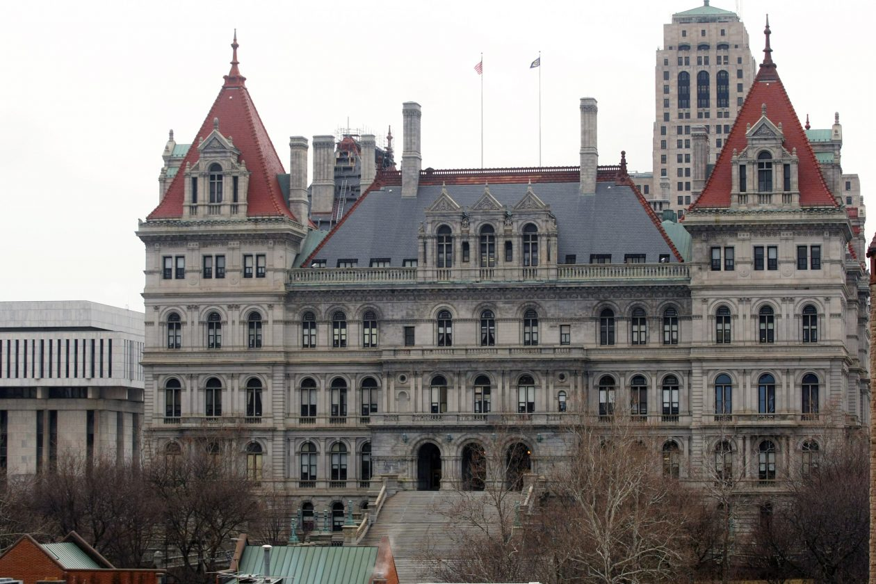 The State Senate and Assembly are racing to pass scores of bills important and mundane – and they've extended the legislative session into Thursday. (Getty Images)