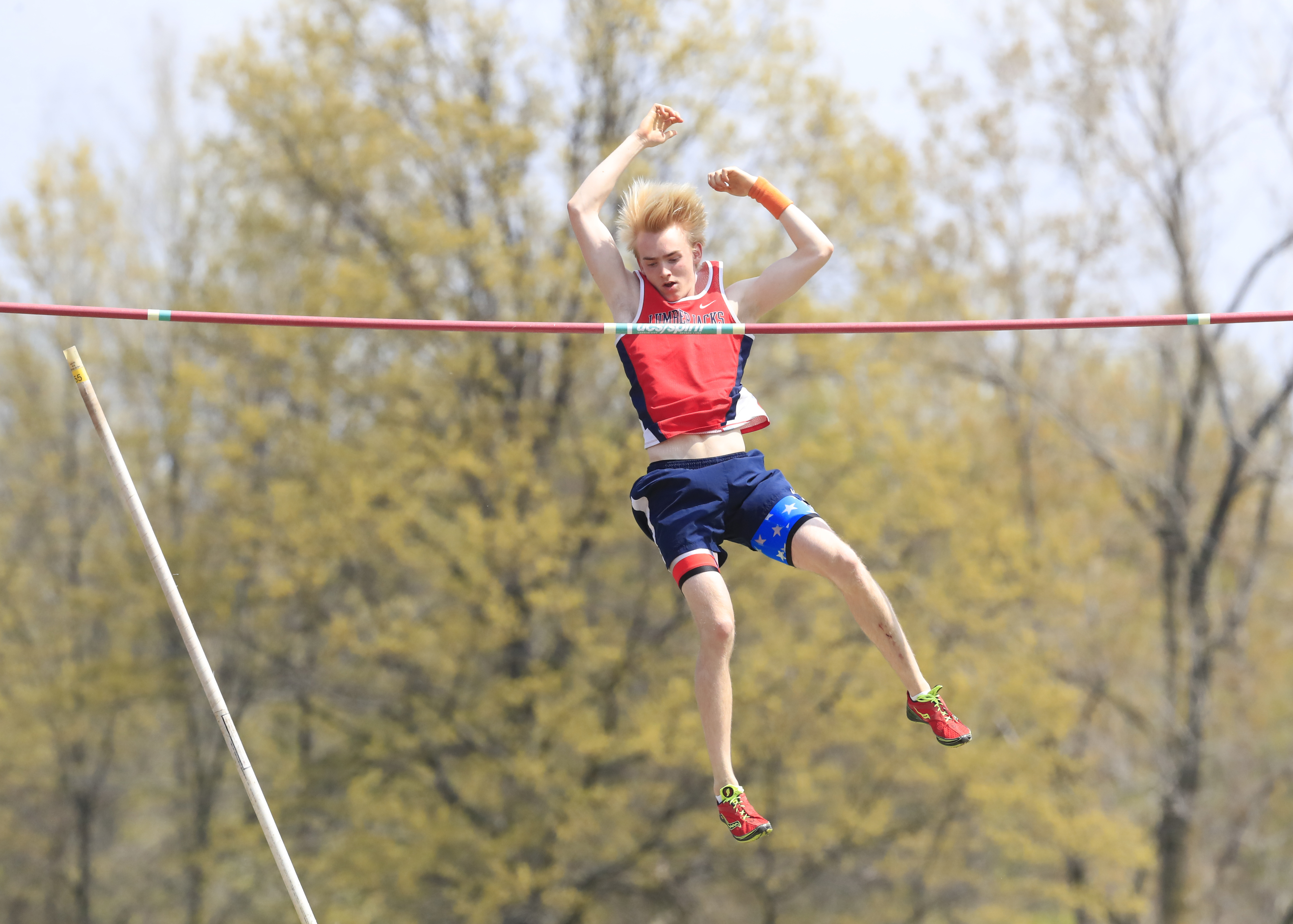 North Tonawanda's Anton Kunnas, a native of Finland, clears 13 feet, 9 inches during a recent meet at Lew-Port.  (Harry Scull Jr./Buffalo News)
