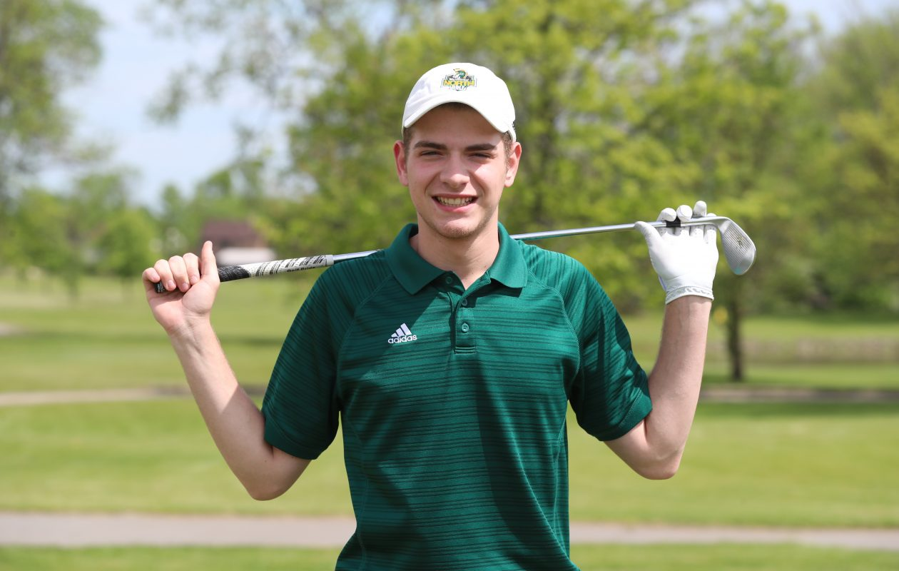Kevin Halpern of Williamsville North golf. (James P. McCoy/Buffalo News)