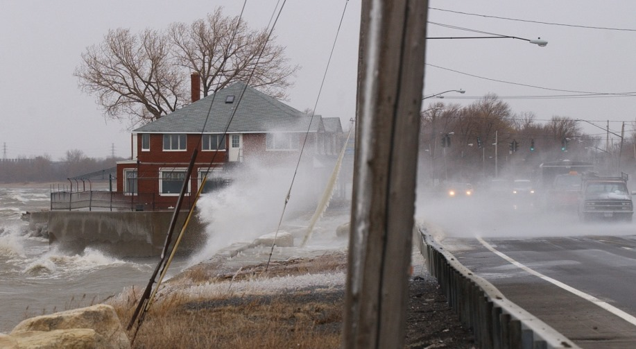High winds send icy waves from Lake Erie crashing onto passing cars on Route 5 in the Town of Hamburg. (Derek Gee/News file photo)
