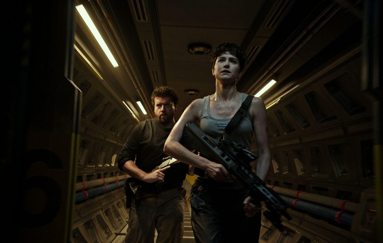 Danny McBride (Tennessee) and Katherine Waterston (Daniels) star in 'Alien: Covenant.' (Twentieth Century Fox)