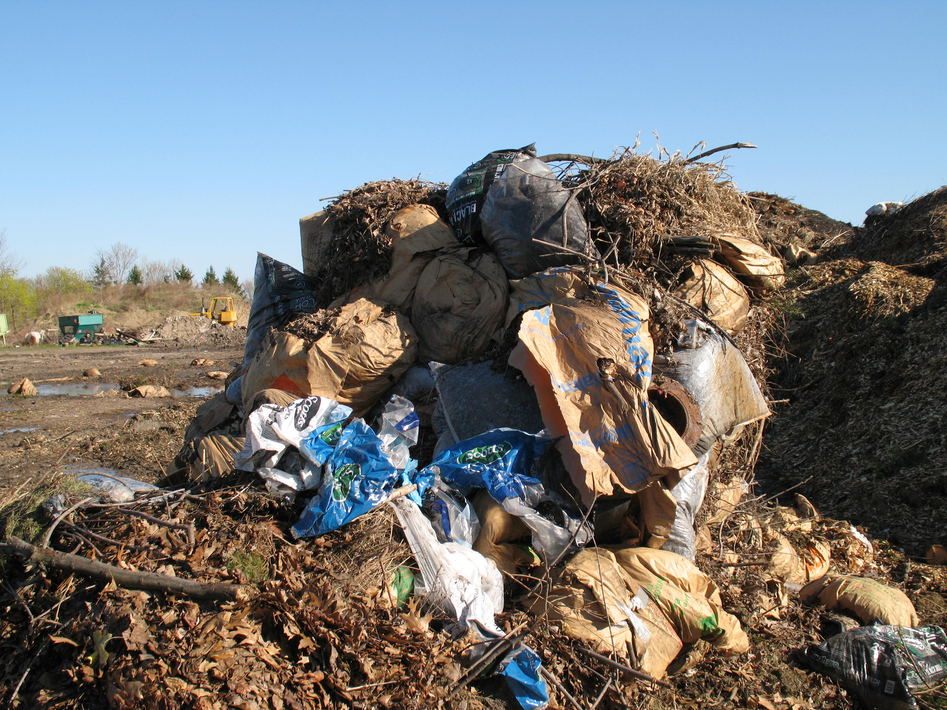 Plastic bags do not belong in compost, cautioned officials from Good Earth Organics Corp. in Lancaster.
