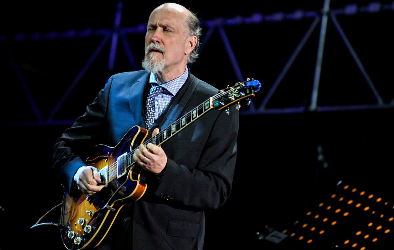 John Scofield is one-quarter of the jazz supergroup. (Photo by Keith Tsuji/Getty Images)