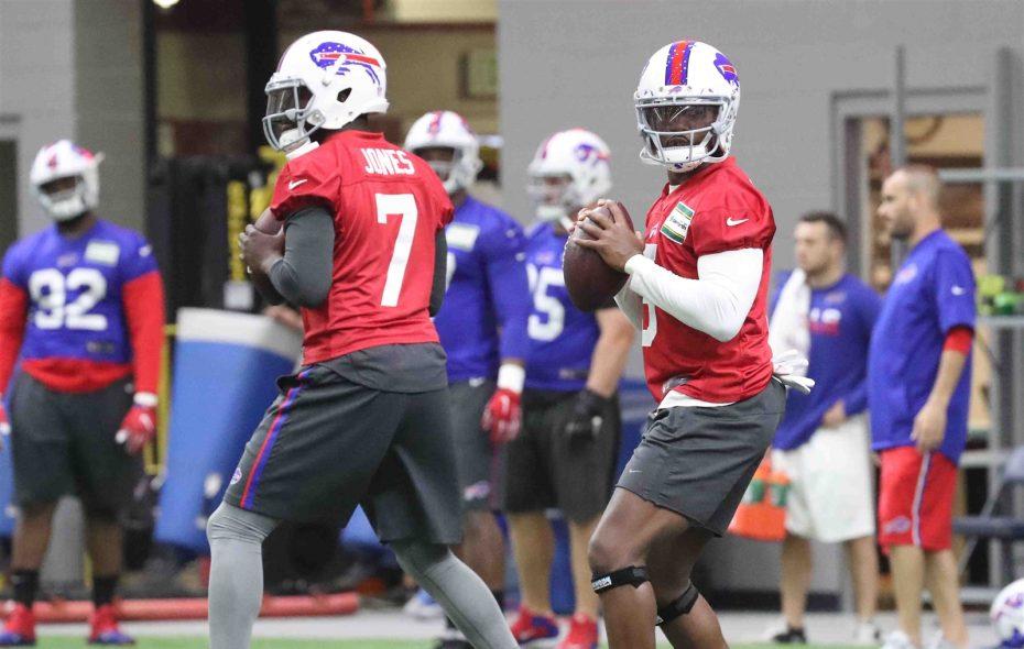 Bills quarterbacks Cardale Jones, left, and Tyrod Taylor during offseason workouts. (James P. McCoy/Buffalo News)