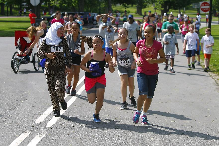 Registration for this year's Independent Health Kids Run ends May 18. (John Hickey/Buffalo News file photo)