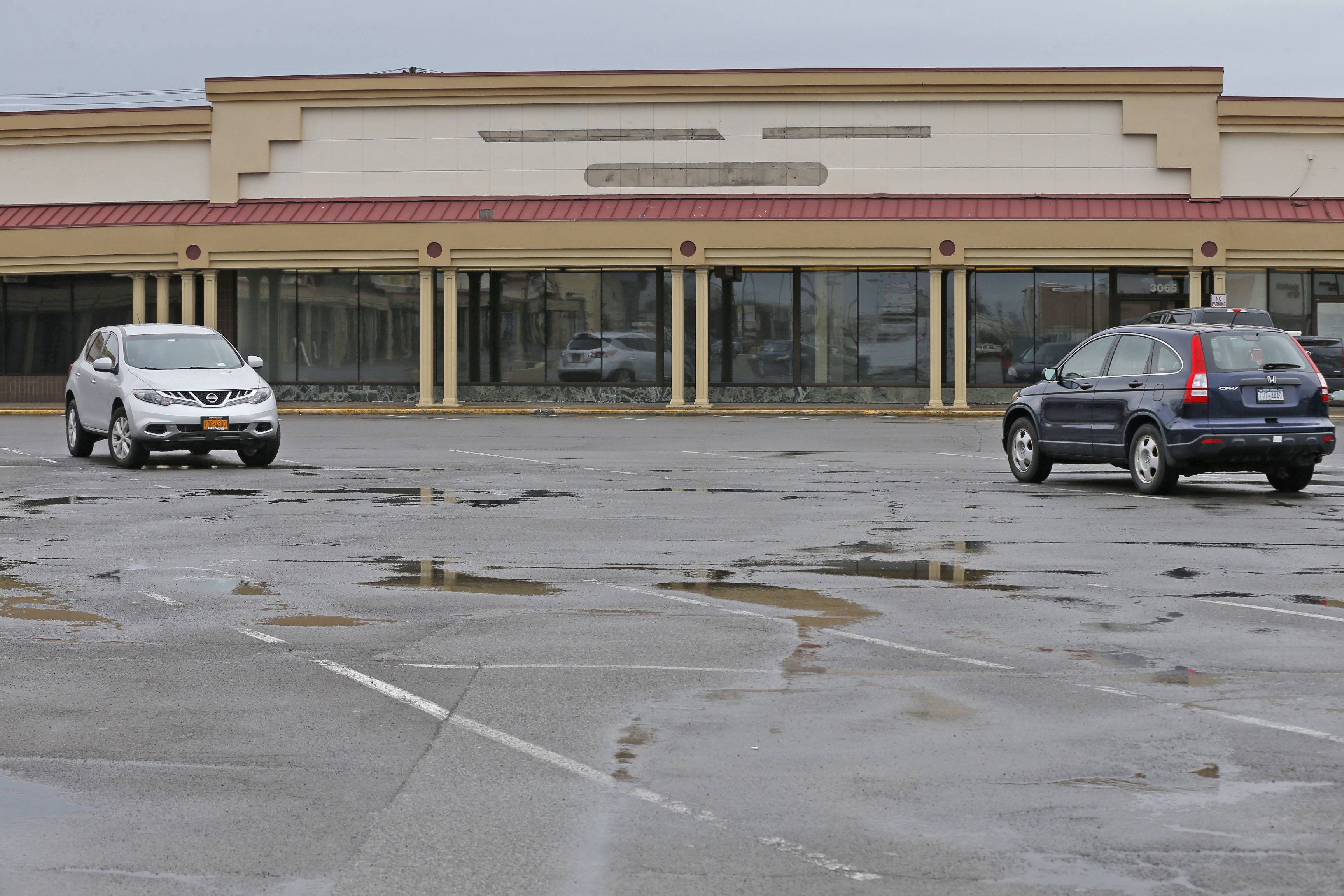 The owner of the Northtown Plaza has signed a lease for an L.L. Bean store, according to a document filed with the Erie County Clerk's Office. (Robert Kirkham/Buffalo News)