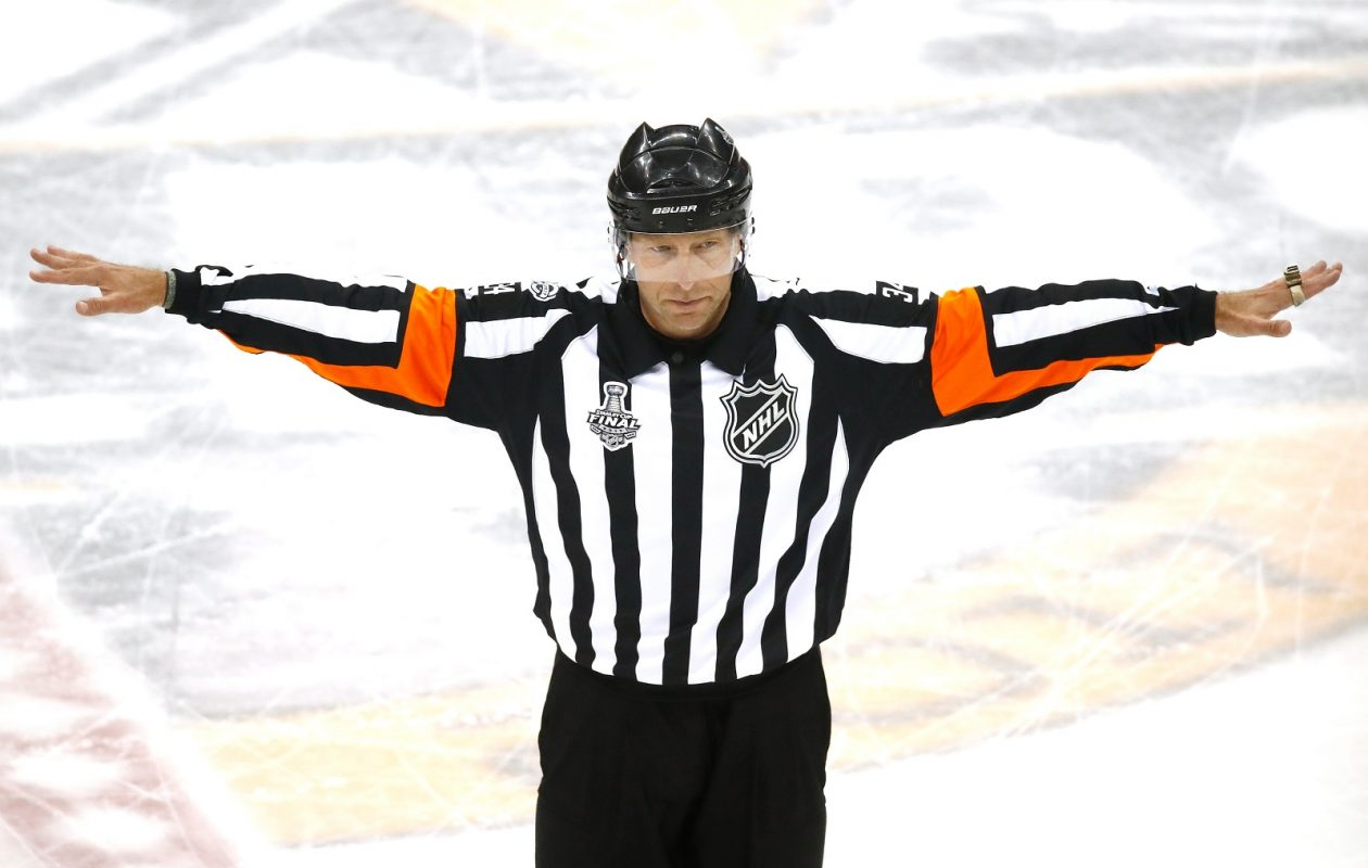 Referee Brad Meier recalls the goal of the Nashville Predators after review in Game One of the 2017 NHL Stanley Cup Final against the Pittsburgh Penguins at PPG Paints Arena (Gregory Shamus/Getty Images)