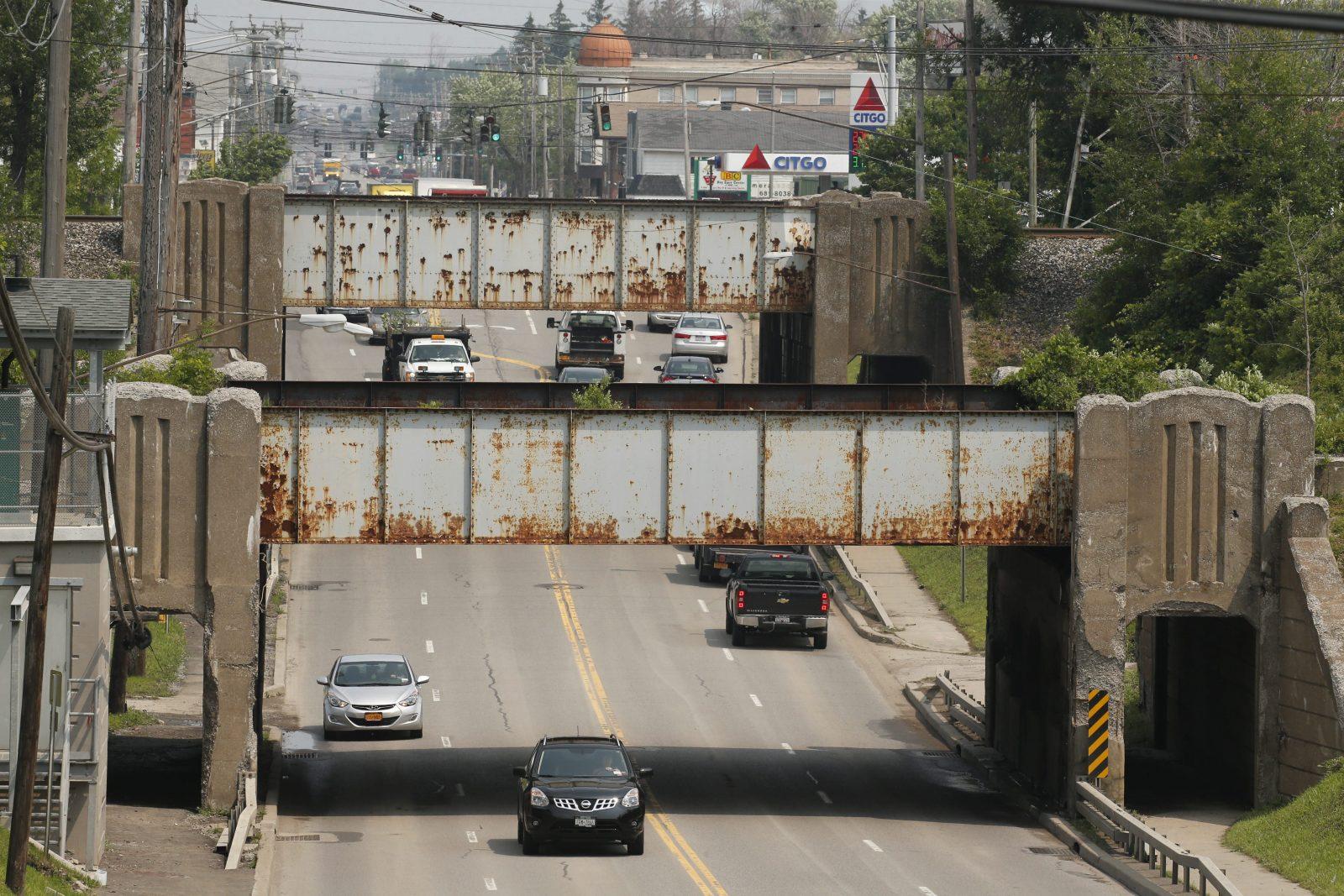 Transit Road in Depew.  (Derek Gee/Buffalo News)