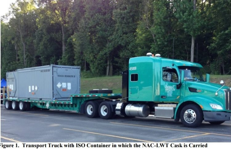 Shipments of the high-level liquid nuclear waste from Chalk River, Ont. to Aiken, S.C. were supposed to occur on a flat-bed trailer that looked like this. (Department of Energy photo)