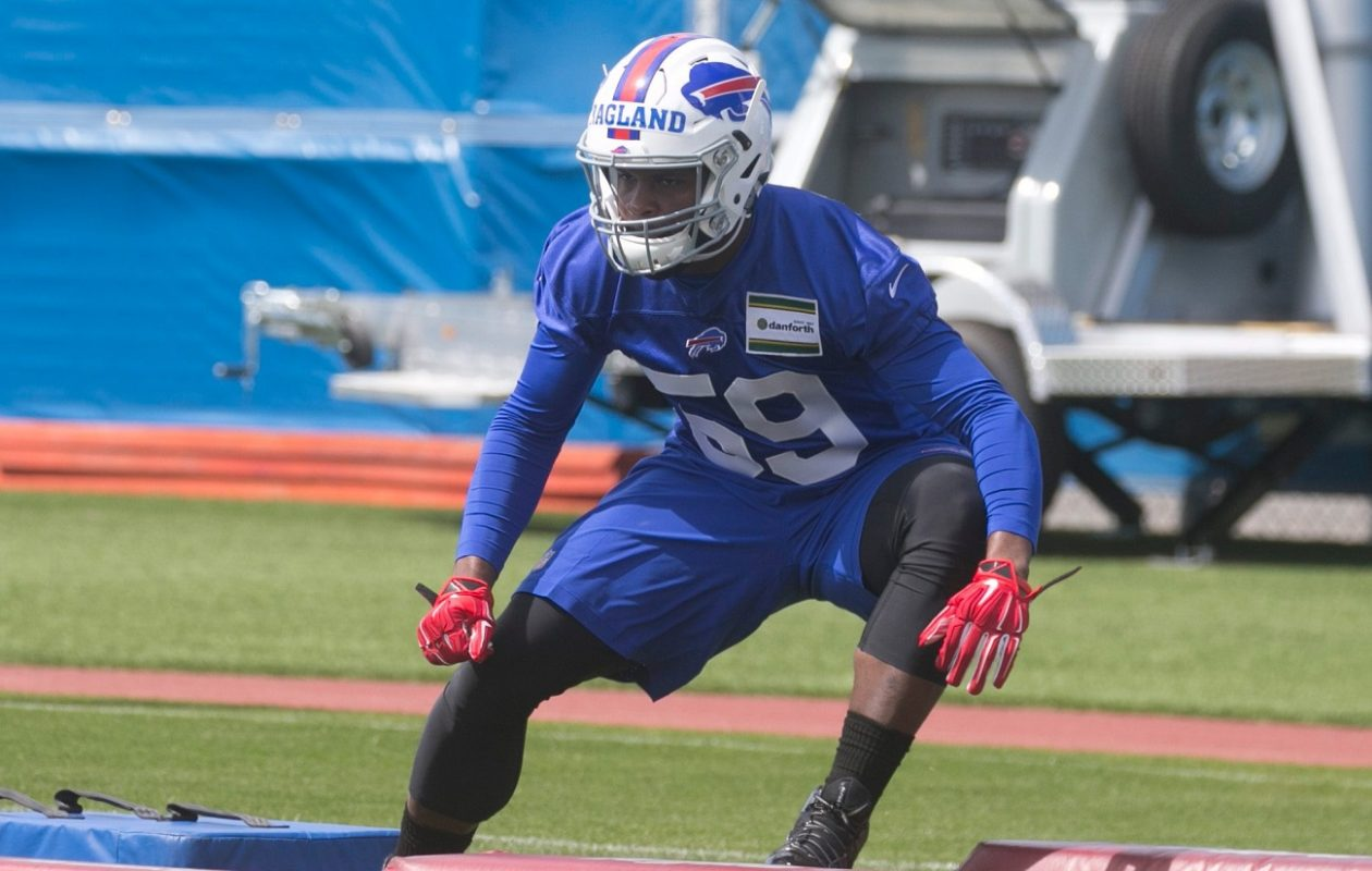 Buffalo Bills linebacker Reggie Ragland was supposed to push incumbent Preston Brown for the starting middle linebacker job. (John Hickey/Buffalo News)