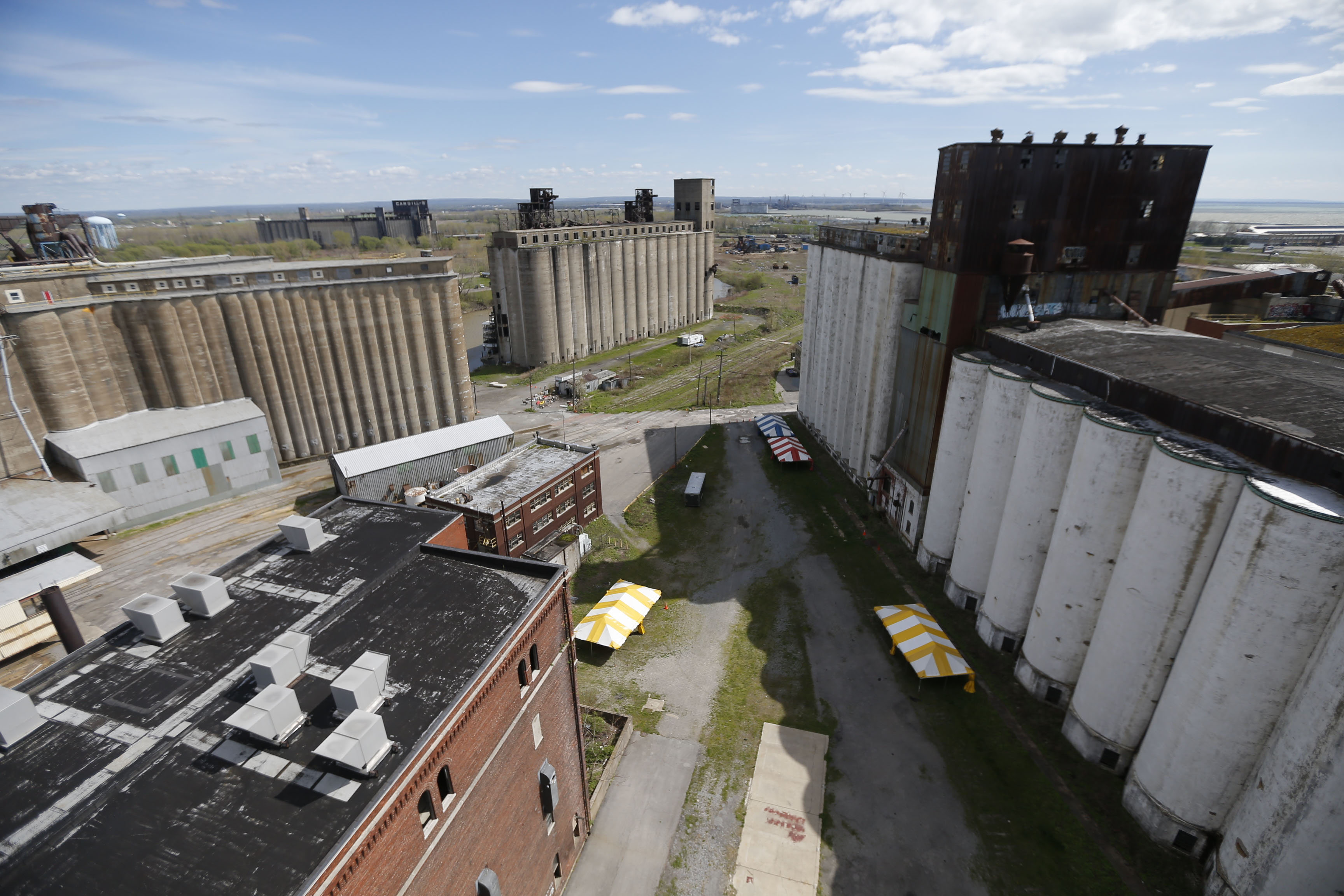 Buffalo's grain elevators are a monument to the days when the city was an economic powerhouse.(Robert Kirkham/Buffalo News)