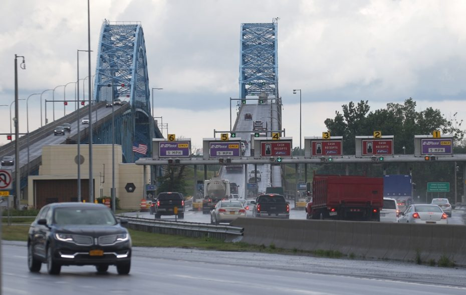 South Grand Island Bridges and toll barriers   seen from Grand Island Boulevard in the Town of Tonawanda. (John Hickey/Buffalo News)