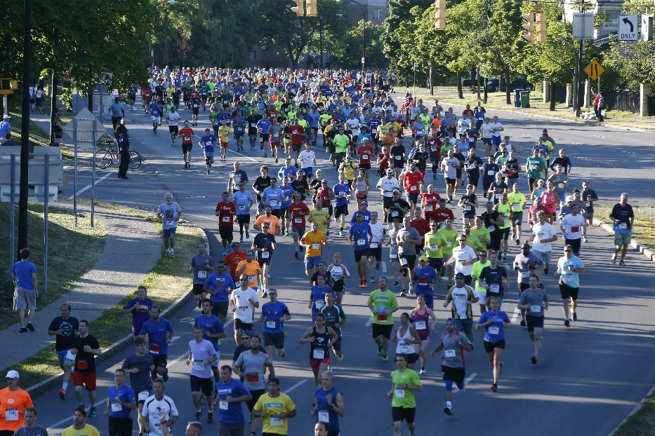 The Corporate Challenge always brings a big crowd to Delaware Park. (Harry Scull Jr./Buffalo News)
