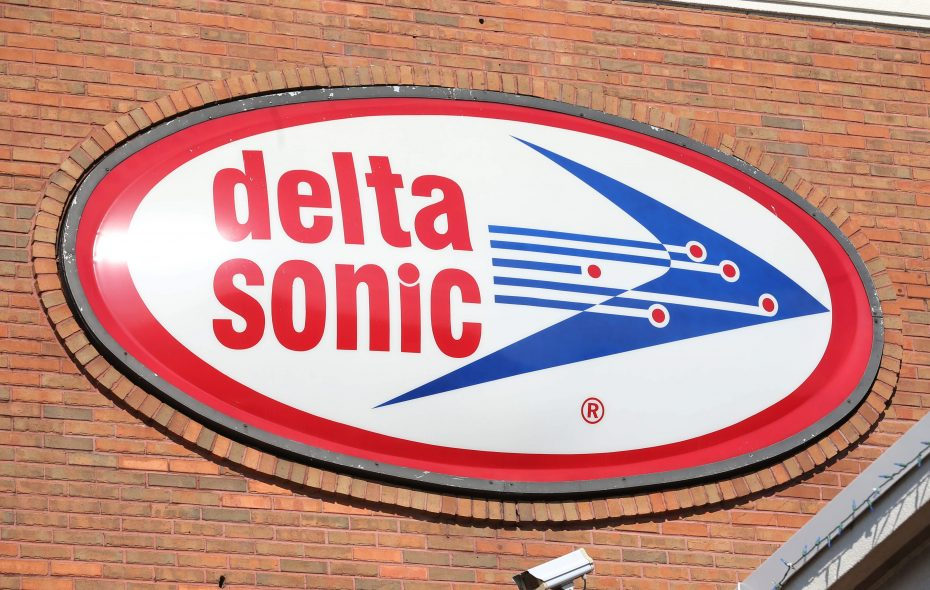 Delta Sonic is planning to build a car wash, gas station, oil change and lube building, convenience store and drive-through restaurant at the longtime home of Menne Nursery. (Sharon Cantillon/Buffalo News file photo)