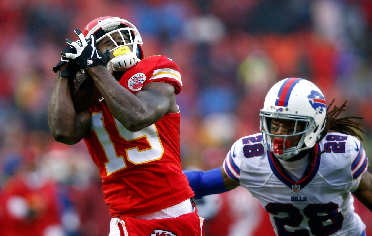 Former Chiefs wide receiver Jeremy Maclin could go from trying to beat cornerback Ronald Darby to joining forces with him on the Bills. (Getty Images)