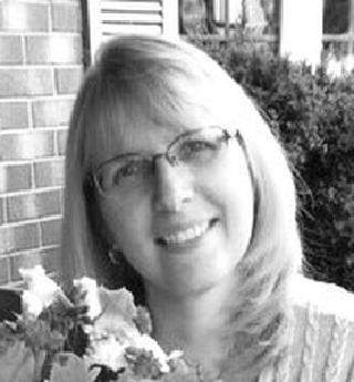 STEFANIAK, Michelle M. (Hartwell)