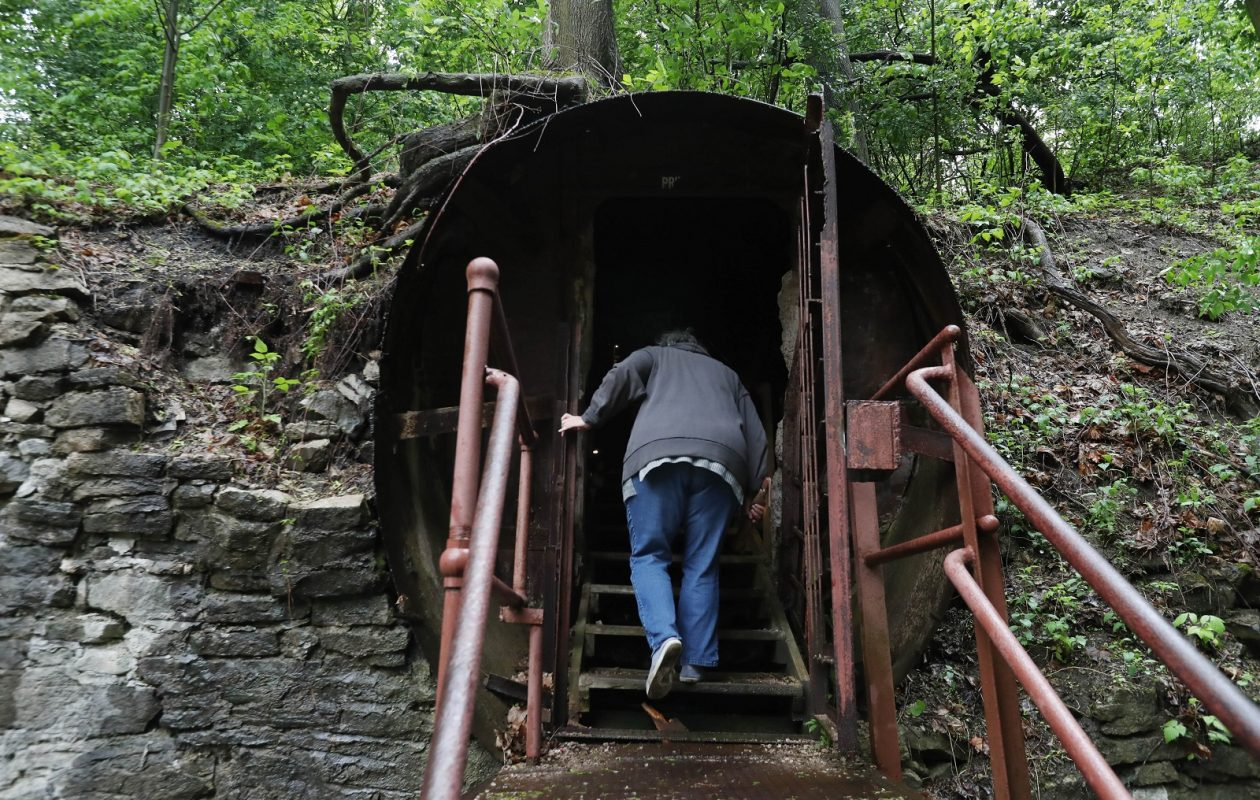 The Lockport Cave and Underground Boat Ride is another tourist attraction in addition to the famous Erie Canal locks. Tourist Barbara LaPorte enters the cave. (Sharon Cantillon/Buffalo News)