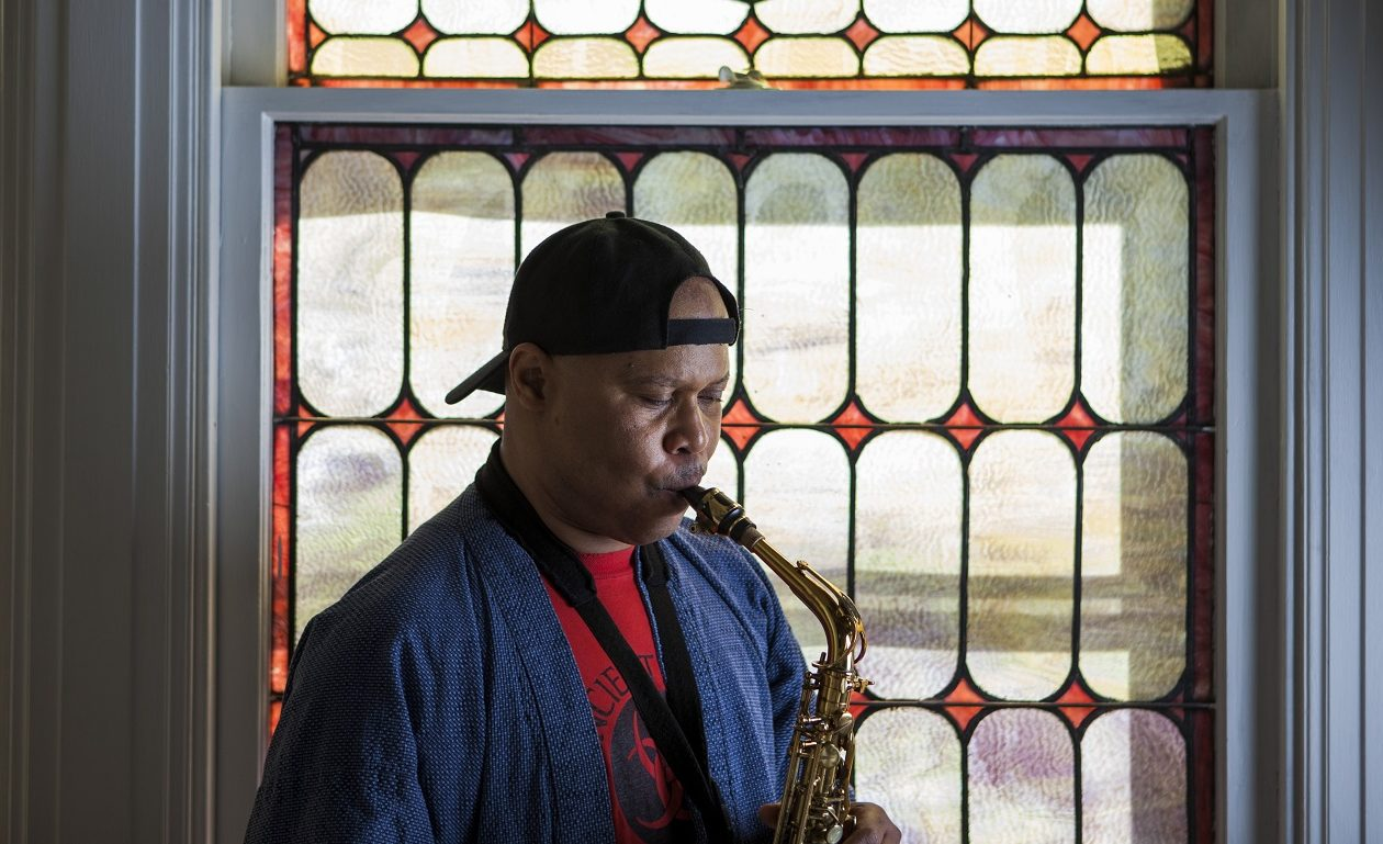 Steve Coleman at his home in Allentown, Pa. in 2015. (Jessica Kourkounis/New York Times)