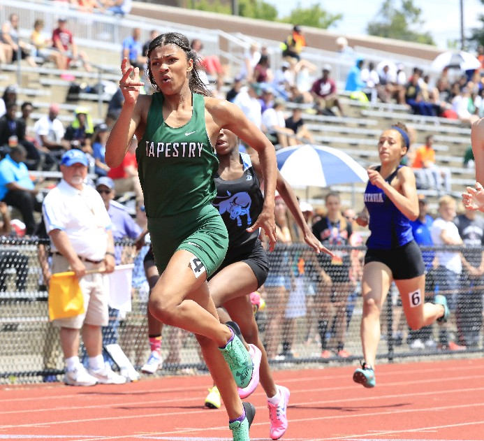Nia Stevens, the state champion in the 200-meter dash, hopes to make an impact at the nationals this weekend. (Harry Scull Jr./Buffalo News)