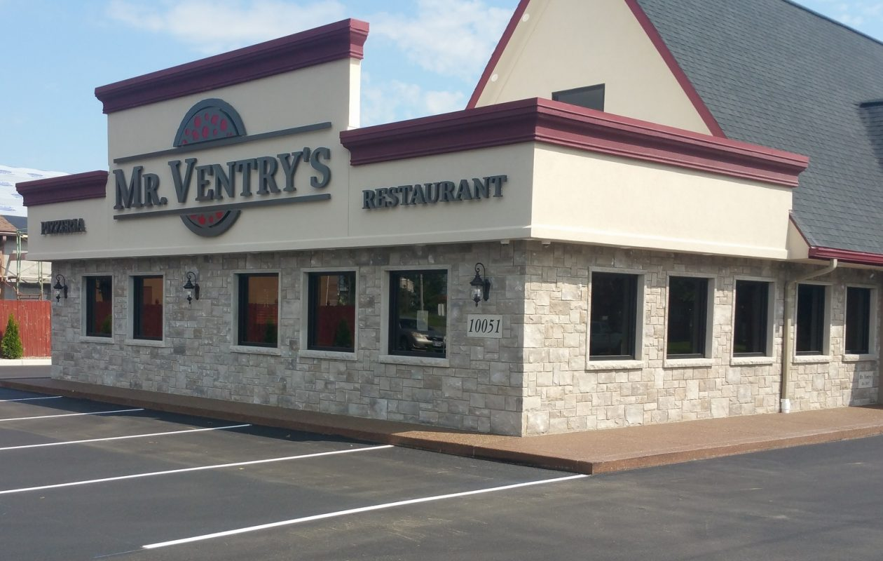 Mr. Ventry's has opened in a former Dairy Queen address on Niagara Falls Boulevard. (Mike Kurilovitch)