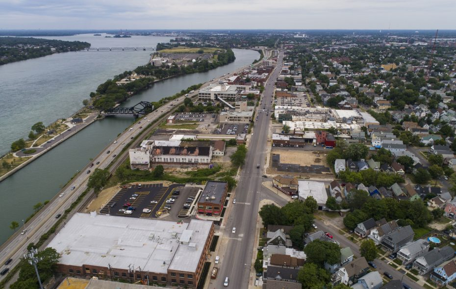 An aerial of Niagara Street starting at Niagara and Fargo. (Derek Gee/Buffalo News)
