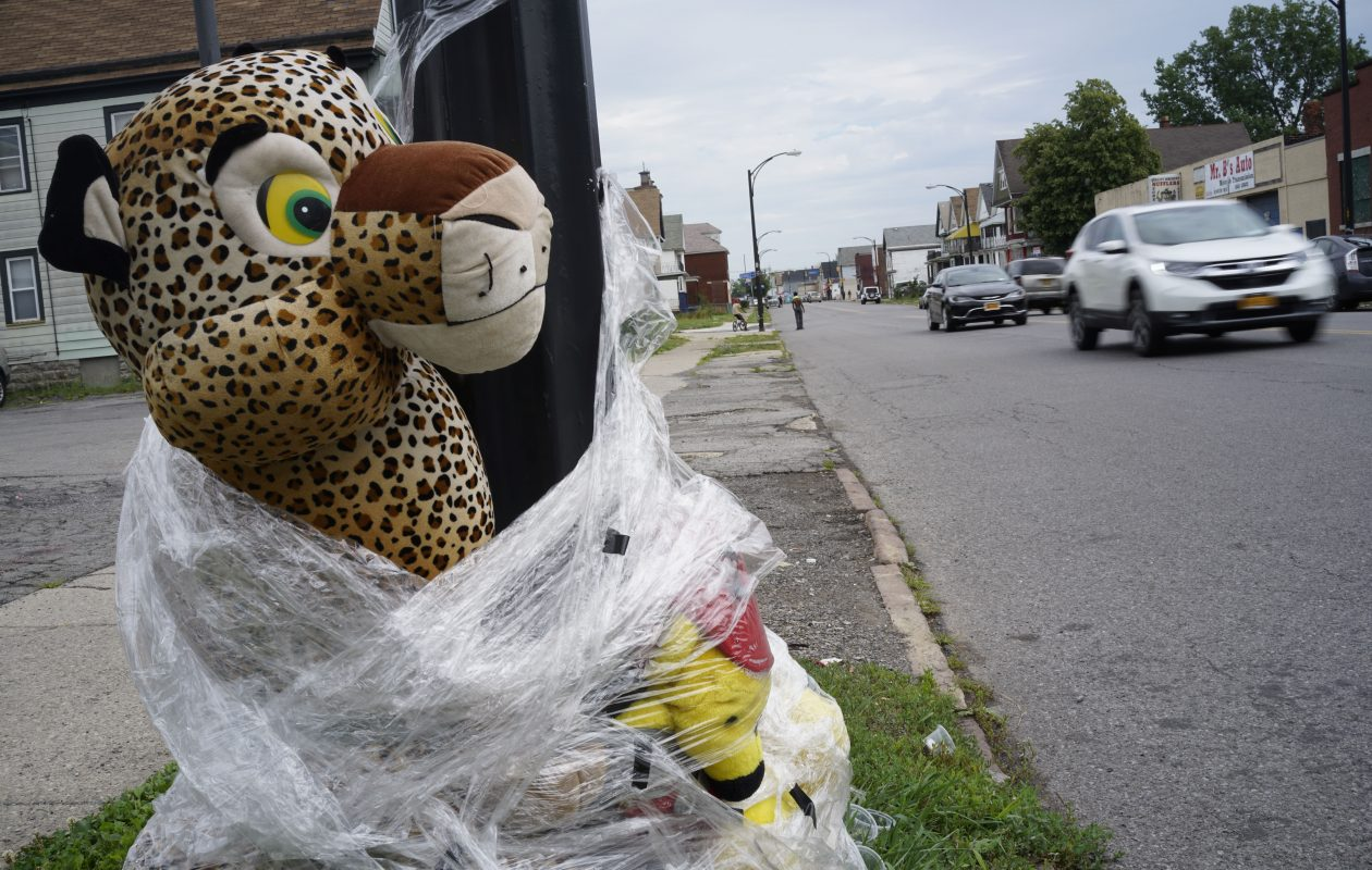A street memorial on East Ferry Street near Donovan, where Ramona Sanders was struck and killed on July 6 by an SUV that fled the scene, Thursday, July 27, 2017.  (Derek Gee/Buffalo News)
