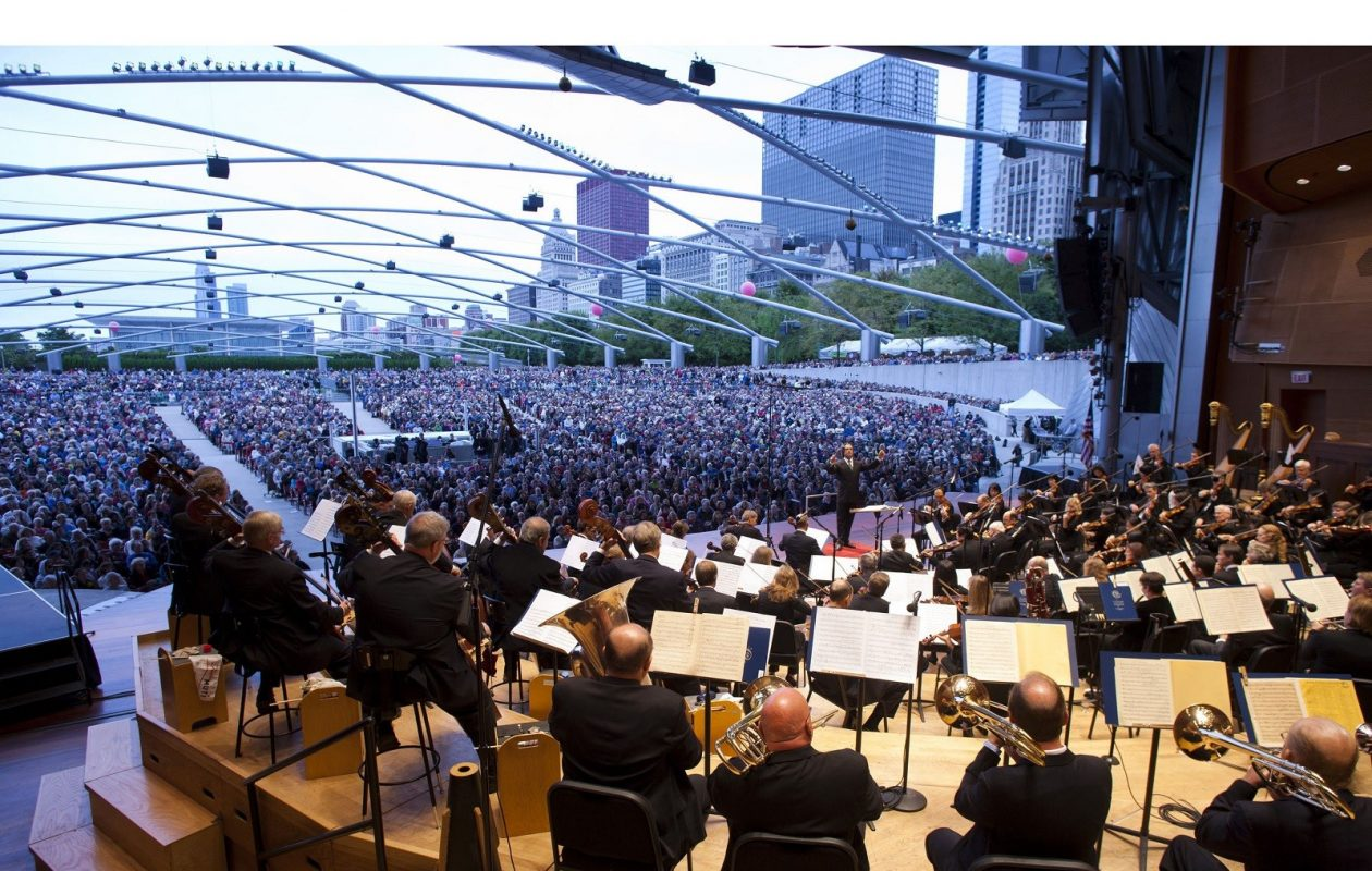 Riccardo Muti leads the Chicago Symphony Orchestra in his first concert as music director in 2010. (PRNewsFoto/Chicago Symphony Orchestra Association, Todd Rosenberg)