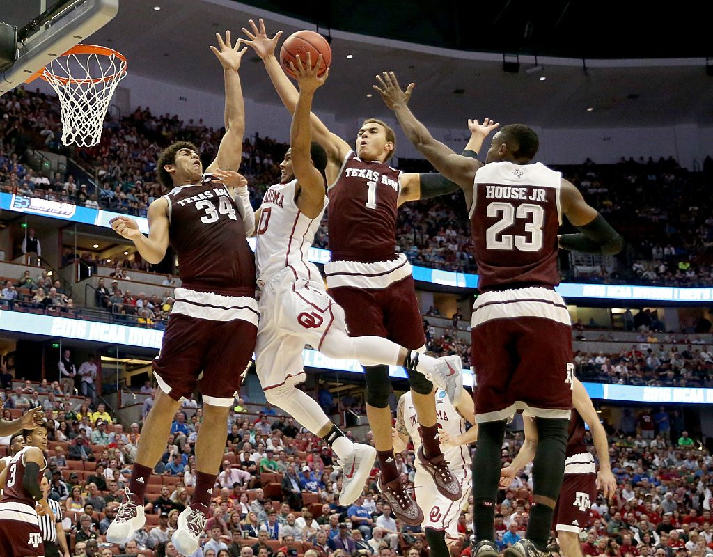 Texas A&M's Tyler Davis #34 goes for a shot block in the 2016 NCAA Men's Basketball Tournament (Getty Images)