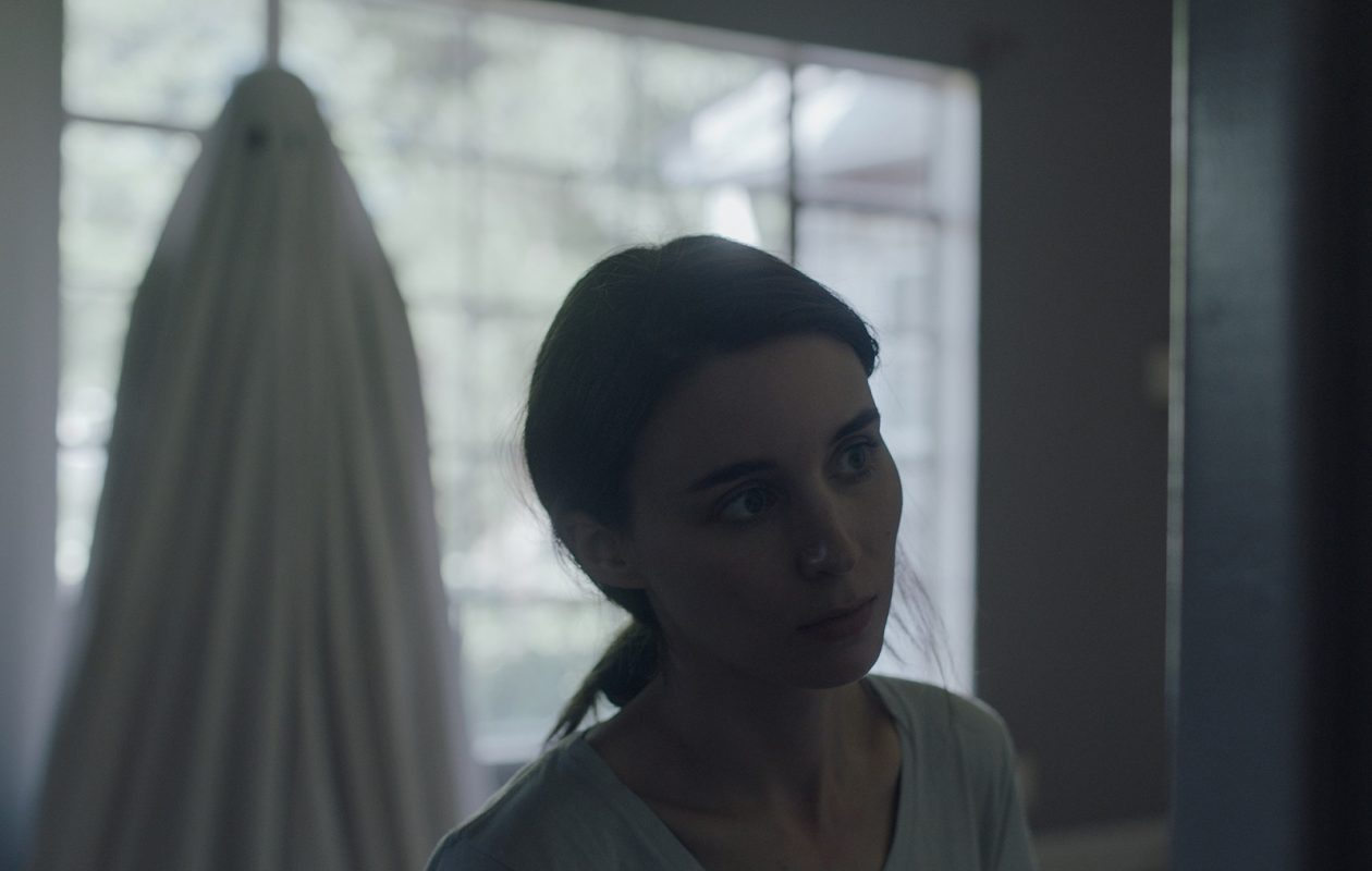 Rooney Mara stars in 'A Ghost Story.' (Ben Curry-A24)