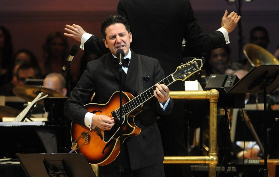 John Pizzarelli performs during The New York Pops 31st Birthday Gala at Carnegie Hall in 2014. (Brad Barket/Getty Images)