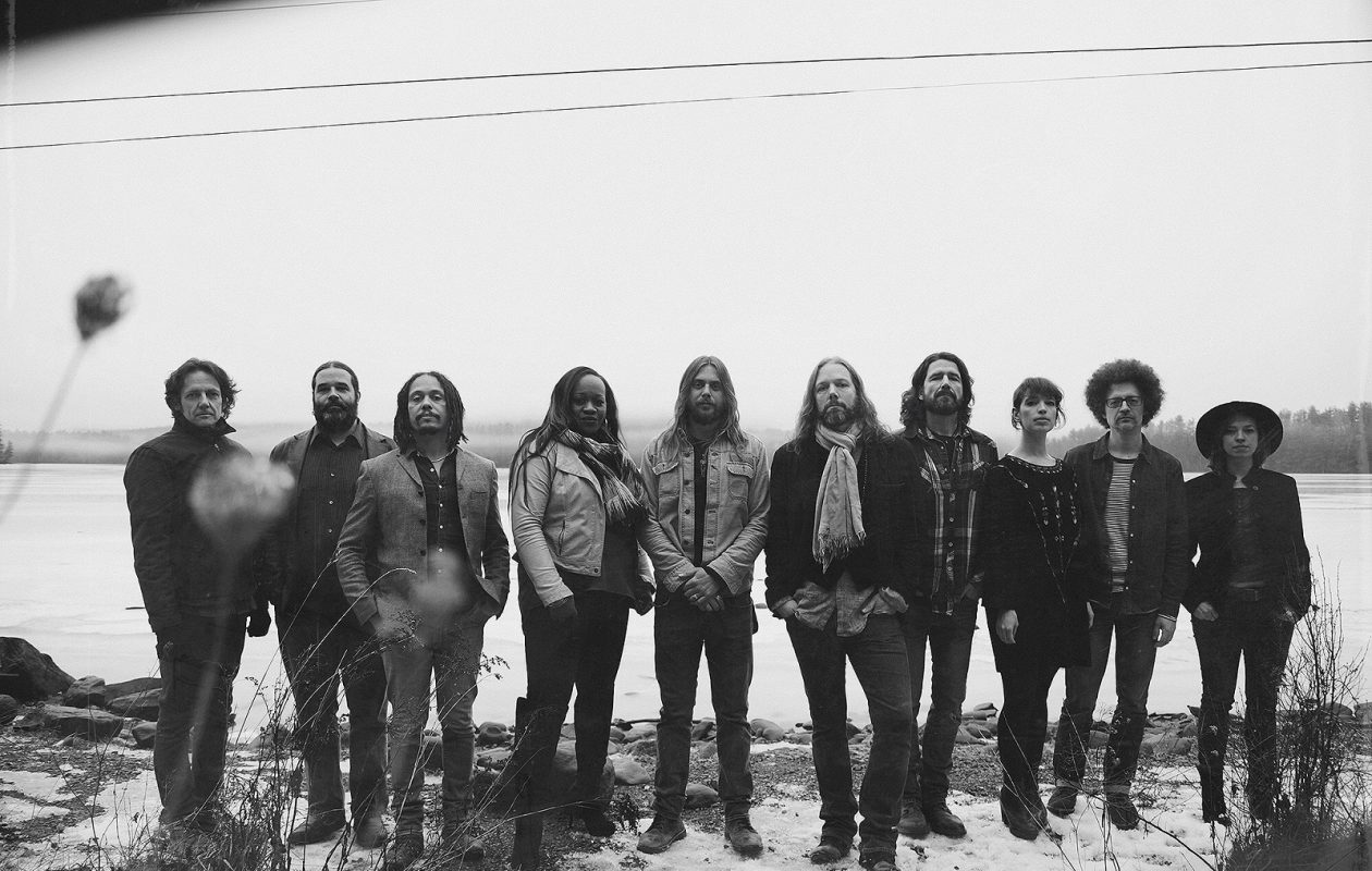 The Magpie Salute.