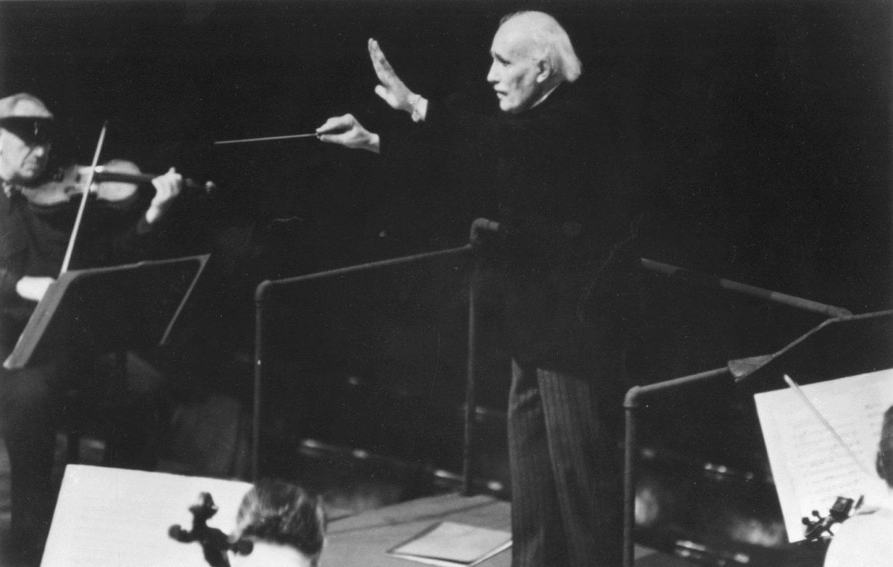 Arturo Toscanini at a Carnegie Hall rehearsal. (News file photo)