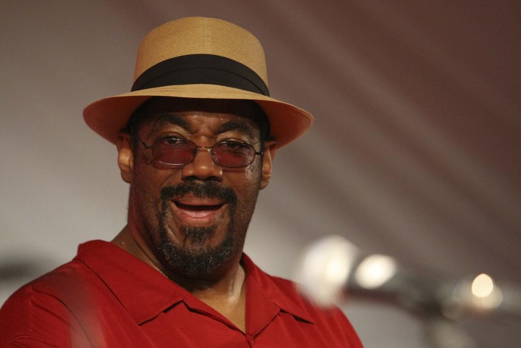 Kevin Mahogany lends his barrel voice to The Buffalo News' Jazz at the Albright-Knox free jazz festival.